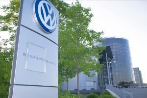 30/12/2011 Volkswagen, Sede De Wolfsburg (Alemania). El grupo automovilístico alemán Volkswagen invertirá 170 millones de euros, junto con su socio SAIC, en construir la que será su décimo primera fábrica en China, al tiempo que ha renovado la 'joint venture' que mantiene con su otro socio chino, FAW, por un período de 25 años. ESPAÑA ECONOMIA EUROPA VOLKSWAGEN