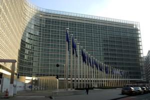 ciao come d'accordo con Giosué, ecco alcuni scatti del palazzo sede della Commissione a Bruxelles. due sono sgrandangolate, le altre due raddrizzate in postproduzione. Matteo
