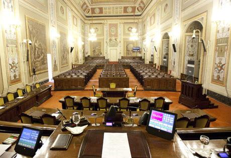 Ars poltrone a rischio la legge severino ridisegna il for Concorsi parlamento italiano 2017